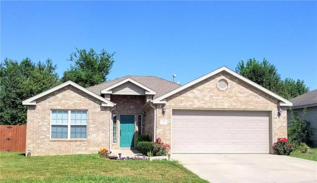 1305 N 30th  St, Rogers, AR 72756 (MLS #1053494) :: McNaughton Real Estate