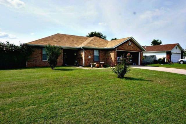 208 S Oak  St, Lowell, AR 72745 (MLS #1057836) :: McNaughton Real Estate