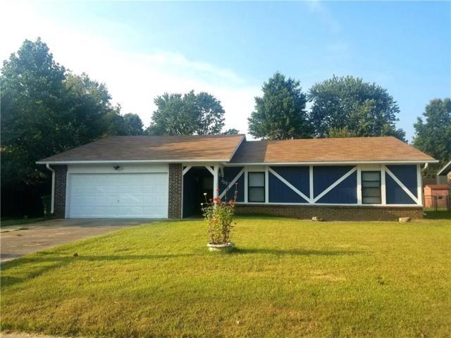 2507 W Oak  St, Rogers, AR 72758 (MLS #1059448) :: McNaughton Real Estate