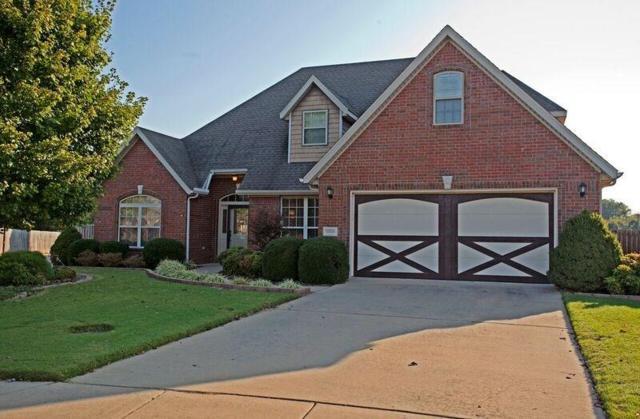 2205 S 18th, Rogers, AR 72758 (MLS #1062342) :: McNaughton Real Estate