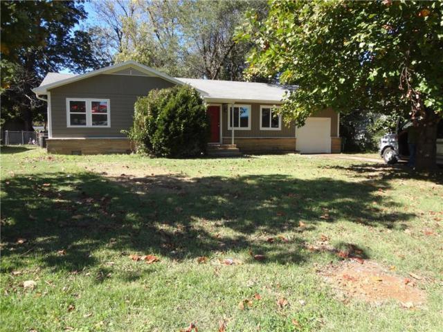 512 S Pleasant  St, Springdale, AR 72764 (MLS #1062454) :: McNaughton Real Estate