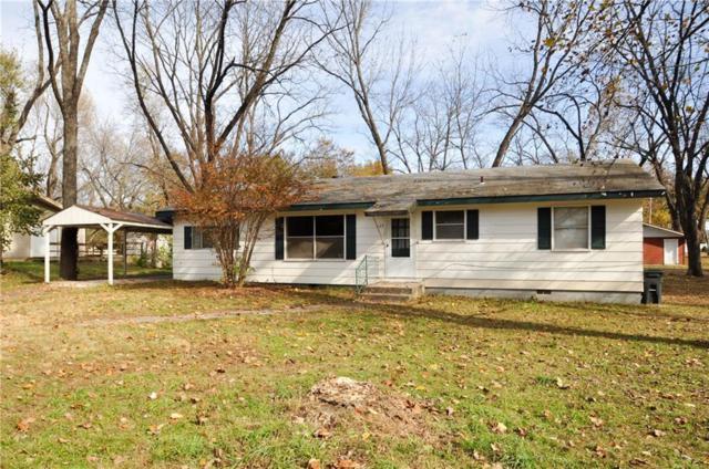 125 S Border  St, Prairie Grove, AR 72753 (MLS #1065297) :: McNaughton Real Estate