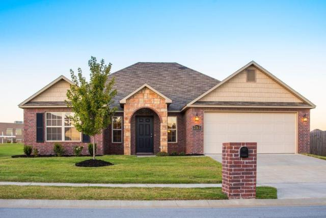 2711 Whispering Woods  Ct, Lowell, AR 72745 (MLS #1065555) :: McNaughton Real Estate