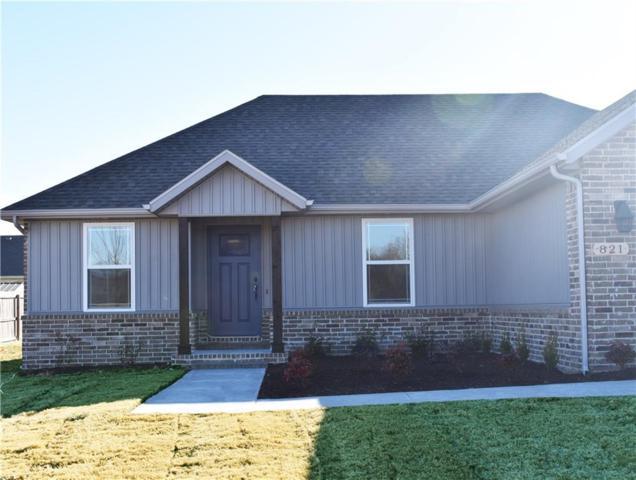 821 Washington  Rd, Prairie Grove, AR 72753 (MLS #1066564) :: McNaughton Real Estate