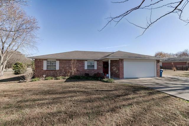 1 Meadowbrook  Cir, Bentonville, AR 72712 (MLS #1066671) :: McNaughton Real Estate