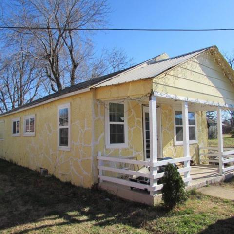 821 N B  St, Rogers, AR 72756 (MLS #1066761) :: McNaughton Real Estate