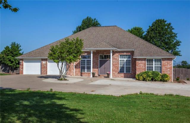 302 Ravenwood  Rd, Siloam Springs, AR 72761 (MLS #1083264) :: McNaughton Real Estate