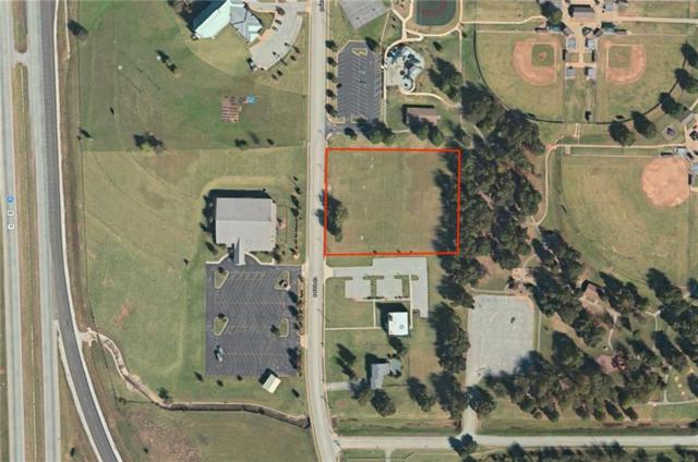 3058 48th  St, Springdale, AR 72762 (MLS #1083383) :: HergGroup Arkansas