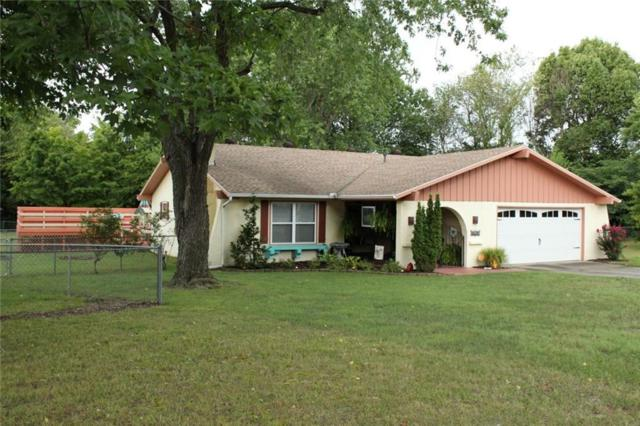 4102 Seminole Valley  Cir, Springdale, AR 72764 (MLS #1085781) :: McNaughton Real Estate