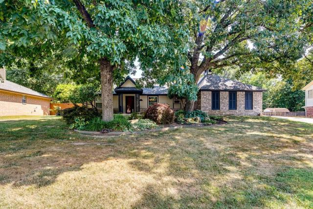1202 Nw Bob White  Ln, Bentonville, AR 72712 (MLS #1085975) :: McNaughton Real Estate
