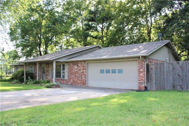 1395 S Lewis Woods  Ln, Fayetteville, AR 72701 (MLS #1087755) :: HergGroup Arkansas
