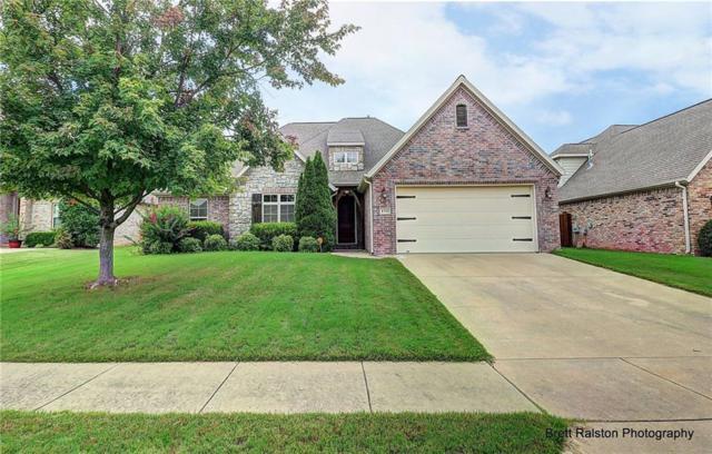 1711 Berkeley  Ave, Rogers, AR 72758 (MLS #1088865) :: McNaughton Real Estate