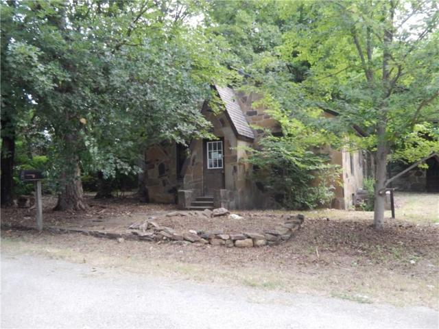 308 Mccormick  St, Prairie Grove, AR 72753 (MLS #1088927) :: McNaughton Real Estate