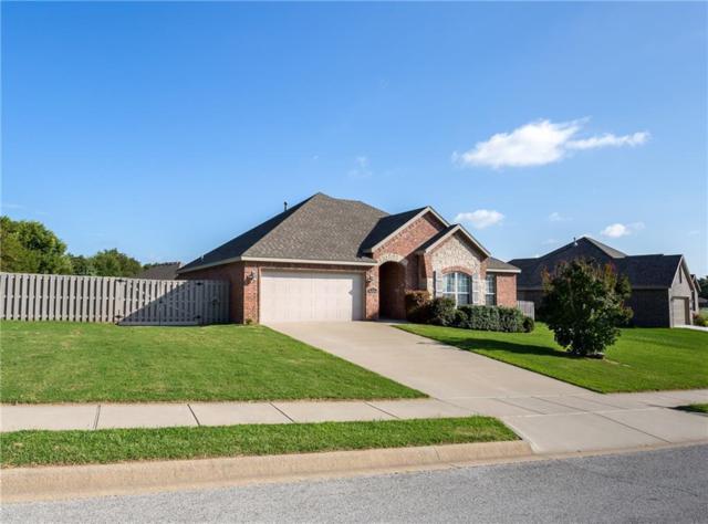 679 Roselawn  St, Siloam Springs, AR 72761 (MLS #1089161) :: McNaughton Real Estate