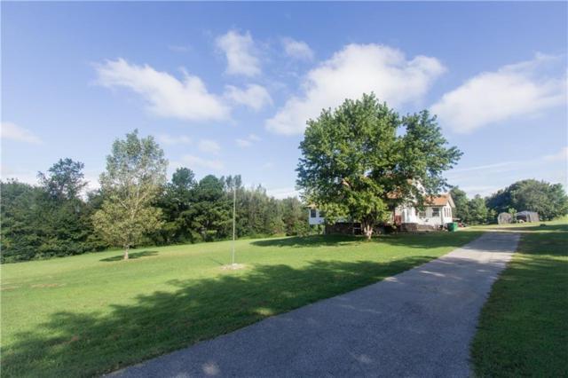 9460 Oak  Dr, Springdale, AR 72762 (MLS #1090893) :: McNaughton Real Estate
