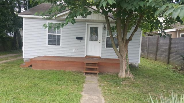 304 B  St, Bentonville, AR 72712 (MLS #1090908) :: McNaughton Real Estate