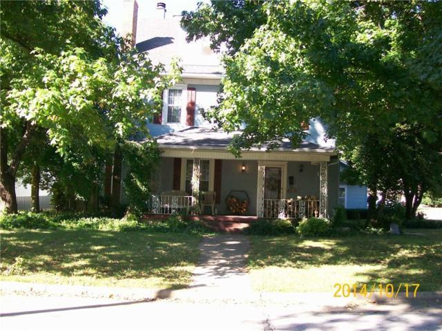 320 N Madison  St, Siloam Springs, AR 72761 (MLS #1091623) :: McNaughton Real Estate
