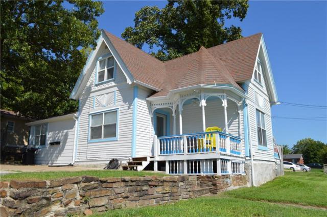 805 N Leverett  Ave, Fayetteville, AR 72701 (MLS #1094508) :: McNaughton Real Estate