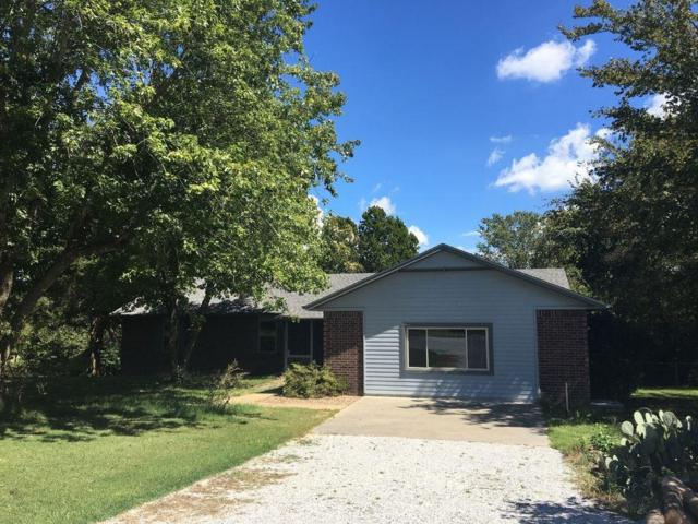 1121 Barrington  Rd, Springdale, AR 72762 (MLS #1094655) :: McNaughton Real Estate
