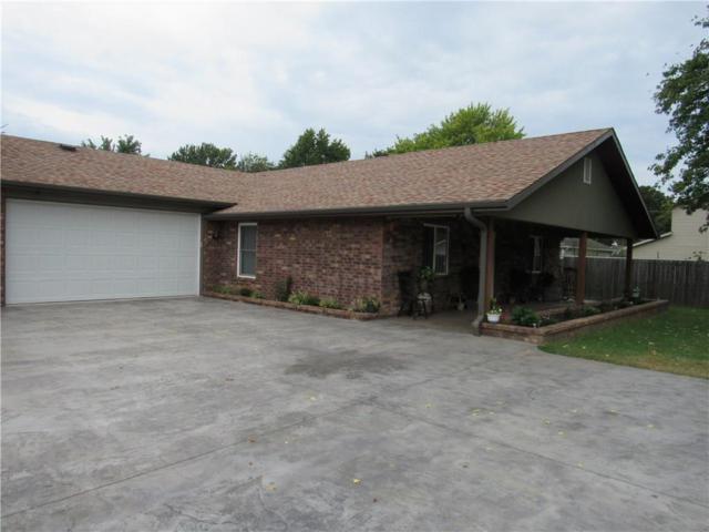 1507 Emma  Ave, Springdale, AR 72764 (MLS #1094804) :: McNaughton Real Estate