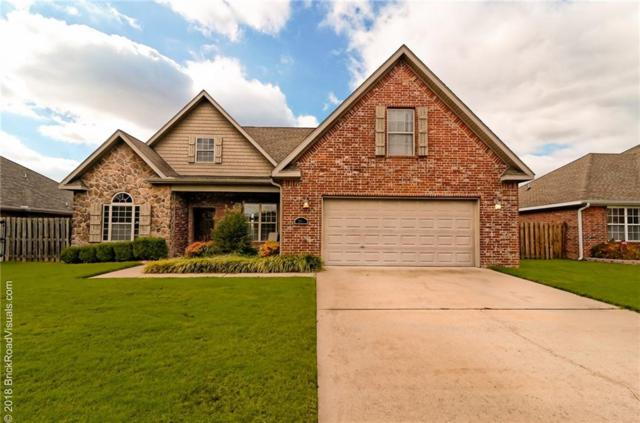 2311 N Cornwall  Ave, Fayetteville, AR 72704 (MLS #1095130) :: McNaughton Real Estate