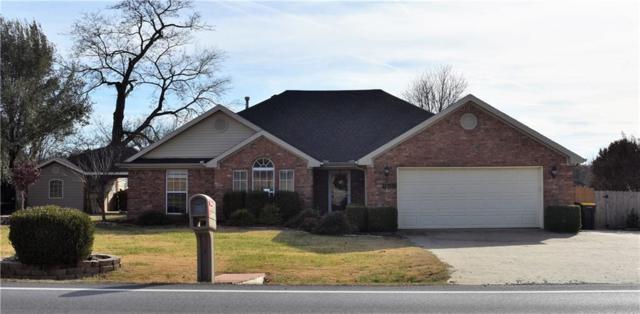 855 E Lowell  Ave, Cave Springs, AR 72718 (MLS #1098076) :: HergGroup Arkansas
