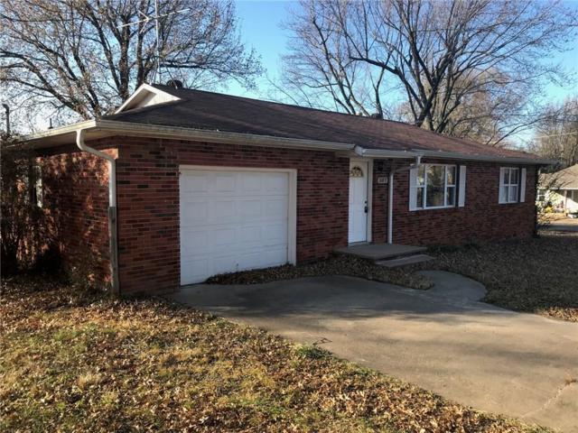 307 3rd  Ave, Gravette, AR 72736 (MLS #1098180) :: McNaughton Real Estate
