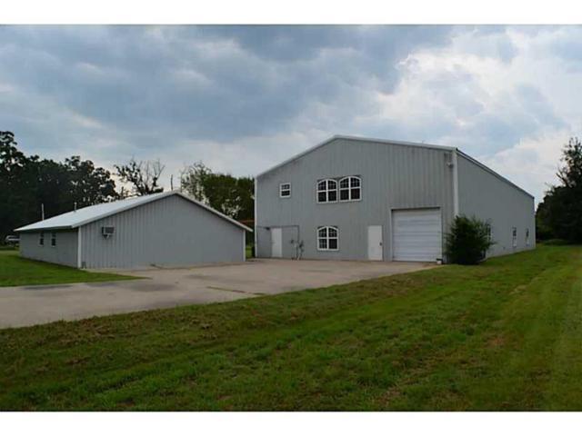 5107 Cedar  Dr, W Siloam Springs, OK 74338 (MLS #1098377) :: McNaughton Real Estate