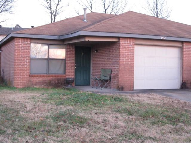 1660 & 1662  N Dawn  Dr, Fayetteville, AR 72703 (MLS #1098755) :: McNaughton Real Estate