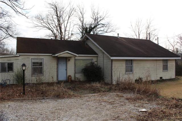2637 E Huntsville  Rd, Fayetteville, AR 72701 (MLS #1100005) :: HergGroup Arkansas