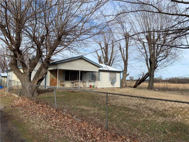 11297 E Hwy 412, Locust Grove, OK 74352 (MLS #1101661) :: McNaughton Real Estate