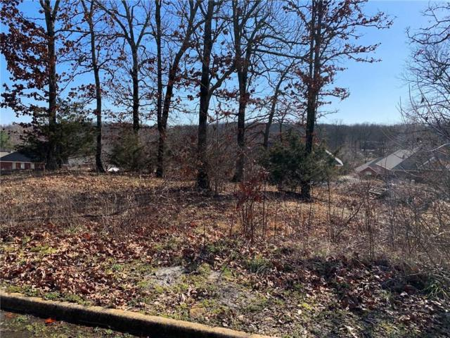 809 W Foothills, Fayetteville, AR 72701 (MLS #1103773) :: McNaughton Real Estate