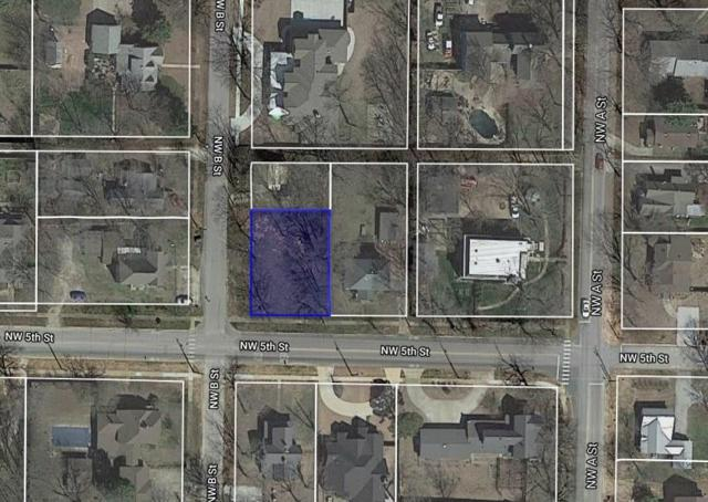 208 Nw 5Th  St, Bentonville, AR 72712 (MLS #1104130) :: Five Doors Network Northwest Arkansas