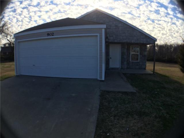 902 E Kara  Ln, Rogers, AR 72758 (MLS #1104175) :: McNaughton Real Estate