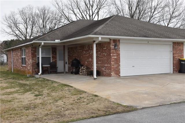 2566 Center  St, Elkins, AR 72727 (MLS #1104400) :: McNaughton Real Estate