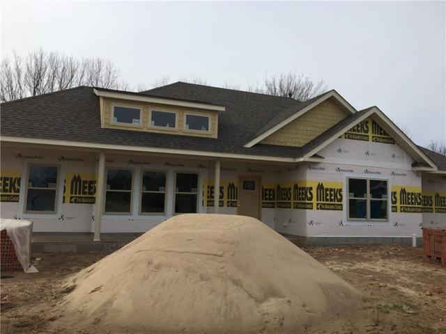500 Grandview  Dr, Prairie Grove, AR 72753 (MLS #1104556) :: McNaughton Real Estate