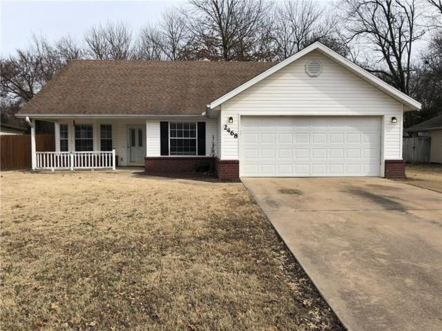 2468 Pin Oak  St, Fayetteville, AR 72701 (MLS #1104609) :: McNaughton Real Estate