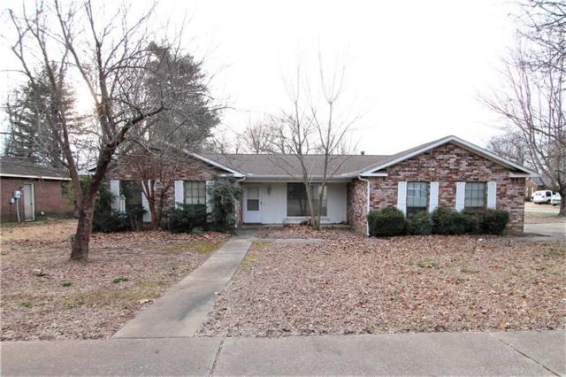 315 W Village  Dr, Fayetteville, AR 72703 (MLS #1104619) :: McNaughton Real Estate