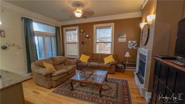 600 Meadow  St Unit #201 #201, Fayetteville, AR 72701 (MLS #1107884) :: McNaughton Real Estate