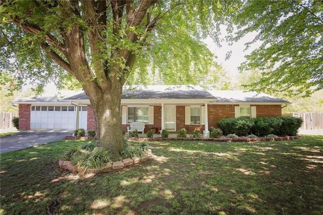 806 Prairie Oaks  Dr, Prairie Grove, AR 72753 (MLS #1112160) :: Five Doors Network Northwest Arkansas