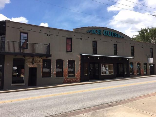 339 N West  Ave Unit #111 #111, Fayetteville, AR 72701 (MLS #1113433) :: McNaughton Real Estate