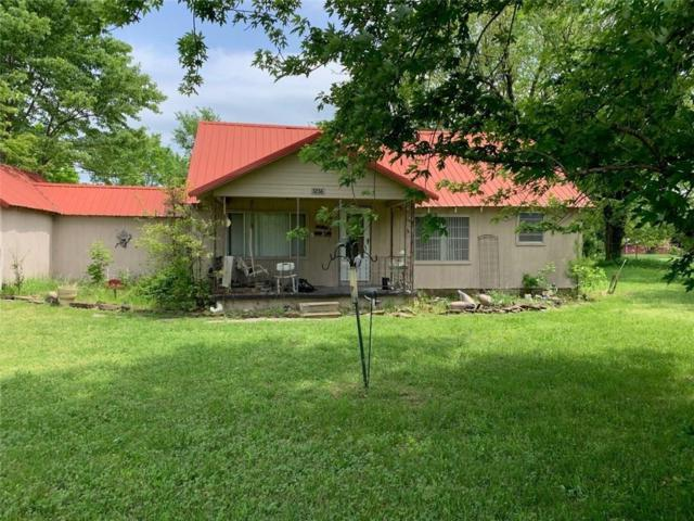 1236 Blue Springs  Rd, Fayetteville, AR 72703 (MLS #1113486) :: McNaughton Real Estate
