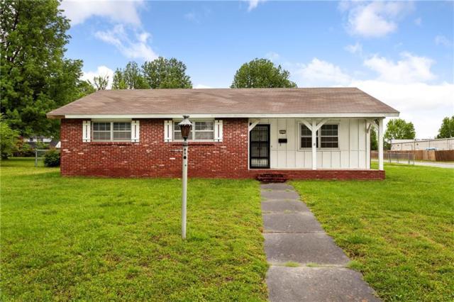 811 Dorman  St, Springdale, AR 72762 (MLS #1114228) :: Five Doors Network Northwest Arkansas