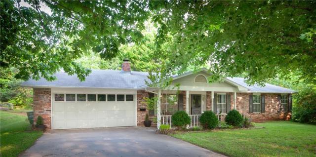 4261 Taliesin  Ln, Fayetteville, AR 72703 (MLS #1115373) :: Five Doors Network Northwest Arkansas