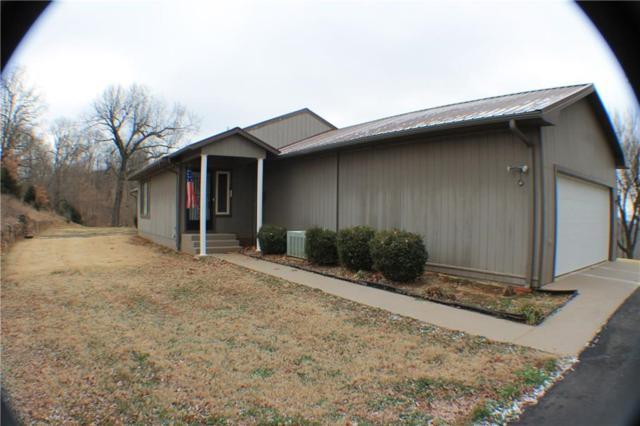10471 Sw Campbell  Rd, Fayetteville, AR 72701 (MLS #1115787) :: HergGroup Arkansas