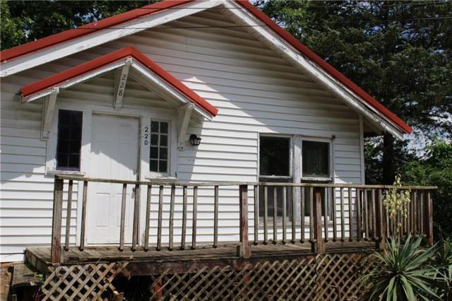 228 S College  Ave, Fayetteville, AR 72701 (MLS #1115991) :: HergGroup Arkansas