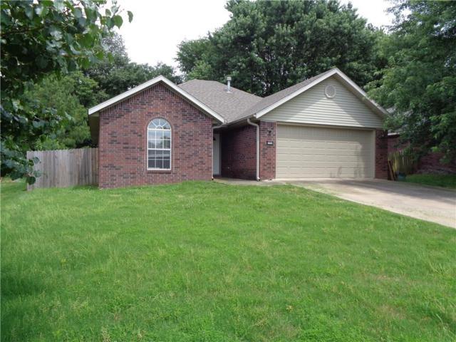 894 Liberty  Dr, Fayetteville, AR 72701 (MLS #1117386) :: HergGroup Arkansas