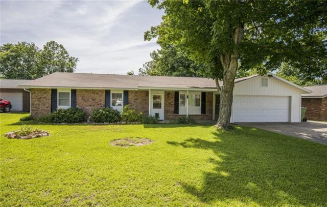 502 S 19th  St, Rogers, AR 72756 (MLS #1117644) :: McNaughton Real Estate