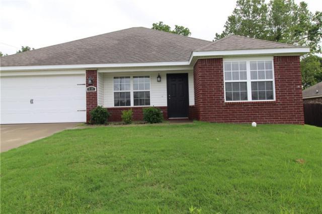 6280 Clay  Ave, Springdale, AR 72762 (MLS #1117829) :: HergGroup Arkansas
