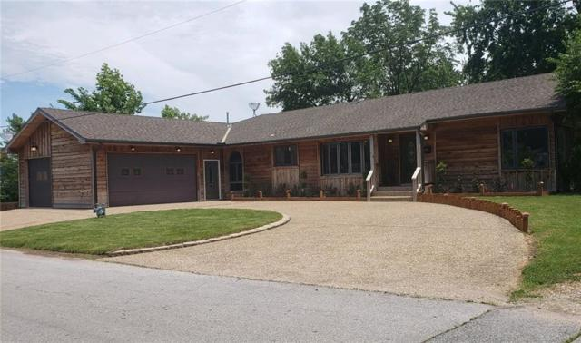 111 S 15th  St, Rogers, AR 72758 (MLS #1118043) :: HergGroup Arkansas